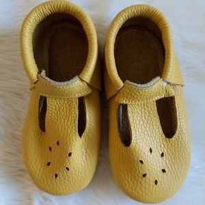 Other - Yellow Leather Mocs Mary Jane Size 6